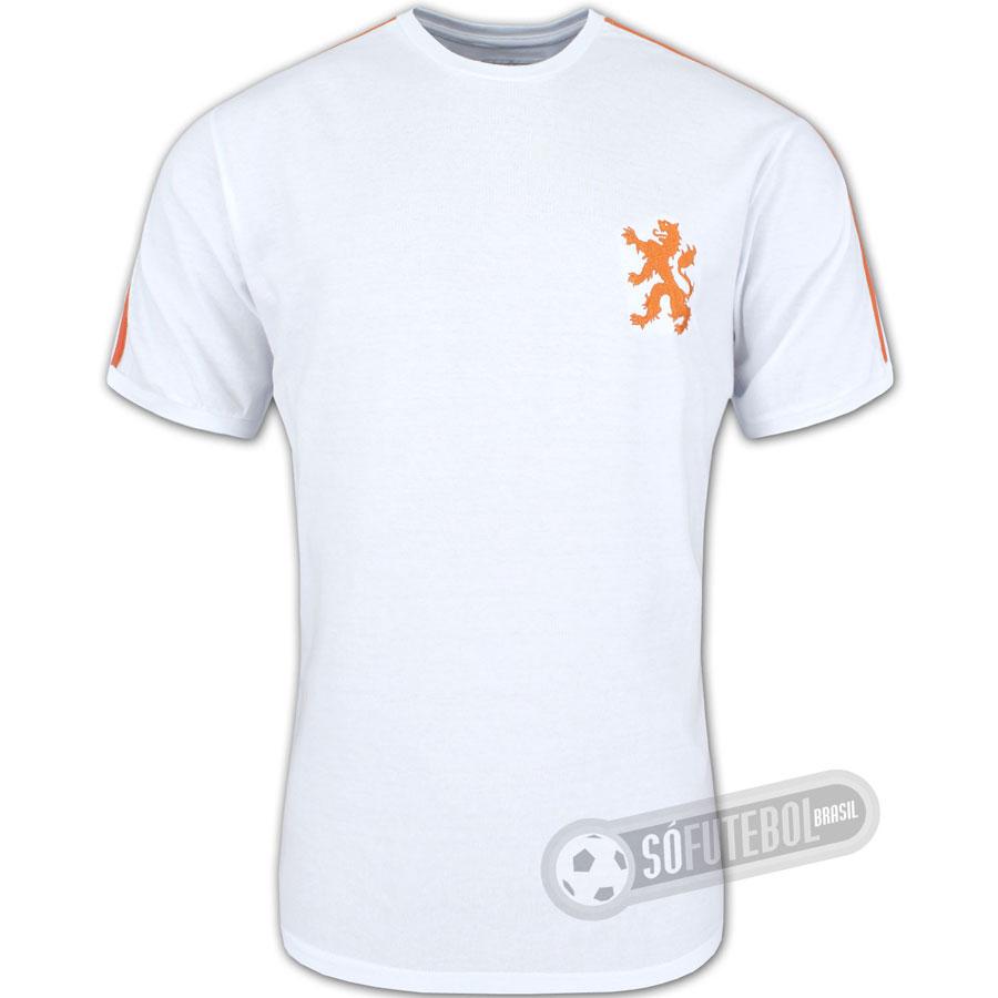 Camisa Holanda 1974 - Modelo II - Liga Retrô. Carregando. d221e7cfddd5c